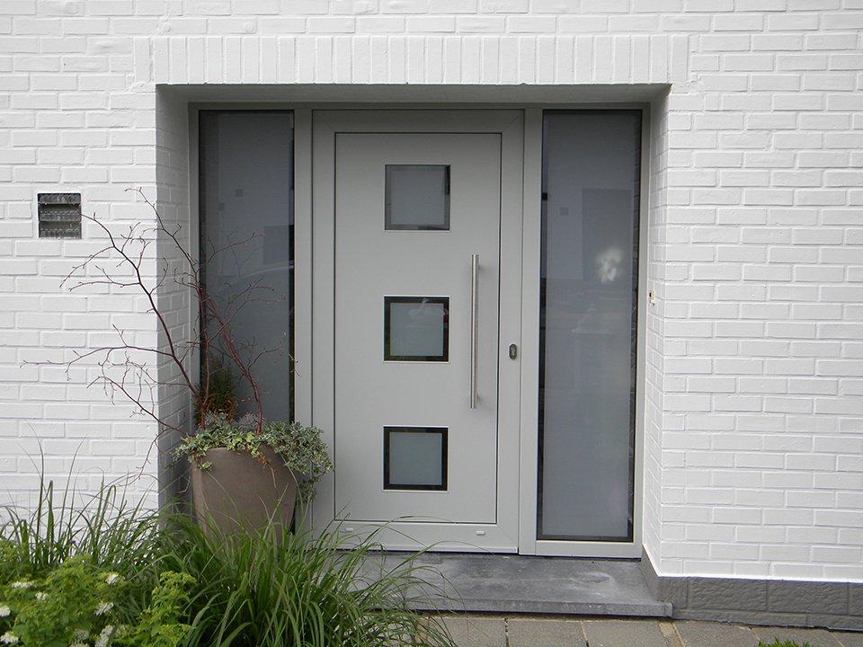 Porte extérieure en PVC